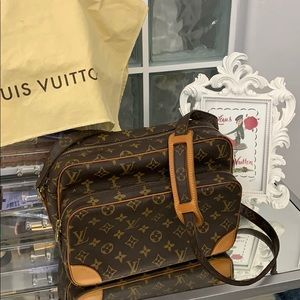 Authentic Louis Vuitton Monogram Nile MM